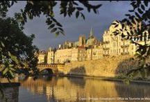 Metz au coucher du soleil / Metz, une cité d'or au coucher du soleil