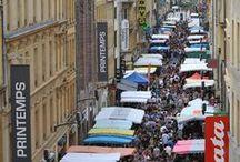 Metz, ville commerçante / Depuis la nuit des temps, Metz, ville de rencontres et d'échanges, est commerçante.