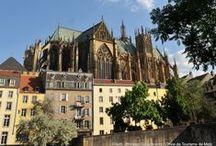 Cathédrale de Metz / Un des plus grands édifices gothiques d'Europe. Ses 6500 m² de vitraux lui ont valu le surnom de «lanterne du bon Dieu»
