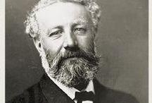 Jules Verne y Amiens / Aunque nació en Nantes y vivió en París, Jules Vernes eligió esta tranquila ciudad al norte de París para vivir. Allí escribió muchas de sus obras y participó activamente en el gobierno de la ciudad.