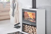 Contura 300 - Cubic comfort / Is it time to up the comfort factor? Then take a look at the Contura 300 stove. You'll discover almost endless variations for building the stove or cassette exactly as you want it. What's more, there's space for logs that are half a metre long. We call it cubic comfort.