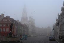 Mgliste Stare Miasto | Foggy Old Town in Poznań / Kilka ujęć Starego Miasta zrobionych pewnego mglistego poranka... | Some charming shots taken in Poznań's Old Town one foggy morning...