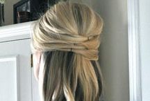 Chic Professional Hairstyles / Chic hairstyles that are easy enough to do every morning and look professional with your office attire.