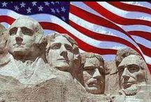 """Spojené státy americké / Založení: 4. července 1776 - Spojené státy jsou nejstarší federací světa. Jde o prezidentskou republiku a zastupitelskou demokracii, fungující prostřednictvím kongresového systému definovaného ústavou nahrazující původní ústavu, tzv. Články Konfederace (""""Articles of Confederation"""") platné mezi roky 1781 a 1788.Spojené státy se skládají z 50 států, federálního území s hlavním městem a sídlem vlády a Kongresu."""