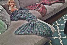 Coisinhas de crochê / Cobertor de sereia, bolsas, bichinhos, jogos de cozinha, banheiro e muito mais!