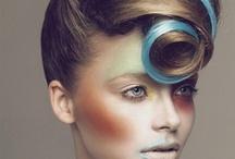 Moc koloru / Niebanalne kolory samodzielnie lub w odważnych konfiguracjach.