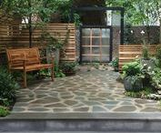 Contemplative Garden, NY / Tucked away in the historic Upper East Side, a simple backyard was transformed into a captivating private sanctuary, perfect for not only entertaining guests but also inviting its inhabitants to times of quiet reflection.