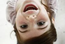 """Happy faces around the world - portaits de visages heureux / Don't worry be HAPPY !  Le bonheur est contagieux : aujourd'hui, ne pas oublier de rire, rêver, sauter, jouer, s'émerveiller, aimer, savourer, papoter, admirer, se faire plaisir, partager, ressentir... et sourire !  Portraits """"feel good"""" de sourires d'enfants, de femmes et d'hommes, à travers les pays et les âges, car le bonheur n'a pas de frontière."""