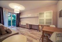 Aranżacje Perfect Space - Przytulne Gniazdko / Śliczne, niewielkie mieszkanie na warszawskim Żoliborzu, wykończone (wraz z projektem) w ciągu 6.5 tygodnia, co stanowi kolejny rekord rekord teamu Perfect Space. Przytulny klimat stworzony sprawdzonymi rozwiązaniami – ciepłym oświetleniem, znanymi i sprawdzonymi barwami oraz propozycjami meblowymi od wiodących producentów.