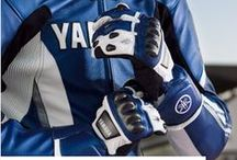 Yamaha Kıyafet / Sınıfının lideri yüksek teknolojili ürünler, Yamaha tutkusunu doyasıya yaşayacağınız temel parçalar, en esaslı giysiniz MX ve daha fazlası. Yamaha kıyafet kategorimize mutlaka göz atın.