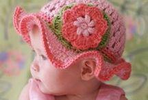 Crochet hats & beanies