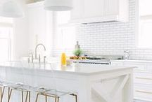 All White Decor / white rooms, white interiors, white decor!
