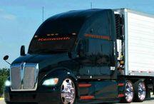 Kenworth and peterbuilt / Trucks
