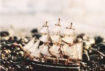 ○ ships ○