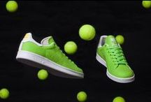 Play like the pros / You may not be a real tennis professional, but these tips on your game, strategy & style will for sure make you feel like one!