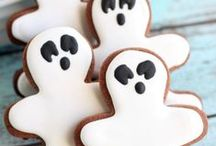 Halloween Treats / Fun Halloween food pins