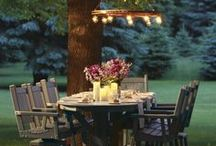 Outdoor Entertaining / Inspiration and ideas for outdoor entertaining on the deck, patio or porch in the spring, summer and fall
