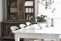 Farmhouse Friendly / Farmhouse decor and upcycling ideas and projects for your home.