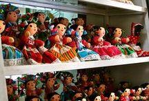 Mexican Souvenirs / A compilation of diferent ideas to choose the best mexican  souvenir.