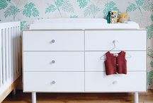 Oeuf Dressers / With Oeuf Dressers you can choose from four different bases to match the rest of the room.