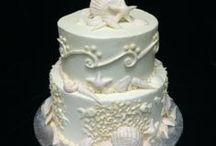 Wonderful Wedding Cake World / These are incredible cakes designed by Puffy Muffin Bakery & Restaurant in Brentwood and Franklin, Tennessee. We are happy to meet with you or your wedding coordinator to pick the perfect wedding cake for your perfect day! www.puffymuffin.com