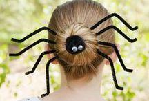 Halloween / Anglosaský lidový svátek, který se slaví 31. října především v anglicky mluvících zemích.