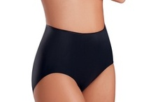 Jockey Shapewear / Smooth and silky fabric shaped to love your curves.