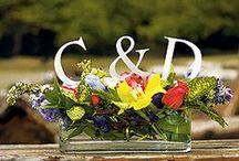 Wedding Centerpieces / Elegant wedding centerpieces and wedding reception ideas.