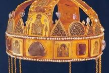 Koronák - Crowns