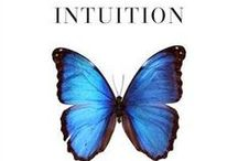 Intuitive Wellness Resources / Amazing guides and little tools, magical resources for your Intuitive Wellness.