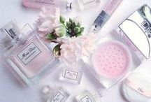 VeryMojo - Glamour time / Cocooning, beauty & glam'... everything a girl needs  www.verymojo.com  #verymojo #cocooning #beauty #pink #flower #makeup #relax #girl #glamour