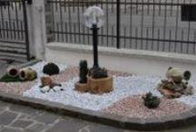 Realizzazioni lampade da giardino e illuminazione / Le ns lampade da giardino ambientate nei giardini dei ns clienti.