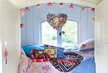 Girl's Bedroom / Clever ideas and inspiration for creating the perfect girl's haven. #girl #bedroom #kids #princess