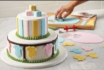 Cake Boss Cake Kits / Everything you need to create authentic fondant cakes! So easy, even kids can join the fun!