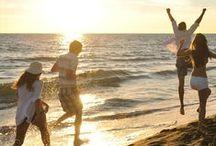 Strand- Badeurlaub / Ab ans Wasser! Hier findest du die besten Angebote für tollen Urlaub rund ums Wasser. Mit dabei: Wellenrauschen am Meer, idyllische Seen, entspannte Pools und vielseitige Badelandschaften.