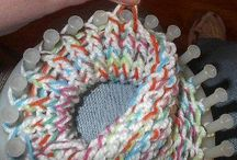 Loom knitting / by Jacqueline Kriesels