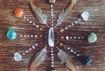 •crystals & stones•