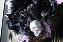 Halloween & Thanksgiving Ideas / Wreaths are not just for Christmas - why not create a spooky wreath to start off the festive season with Halloween ! Use the deep dark purples and blacks or add Red/Black to create the look... Go Purple this season rather than orange
