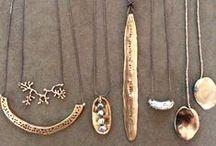 Neck Piece Love / Necklaces, pendants. chains. jewels, etc