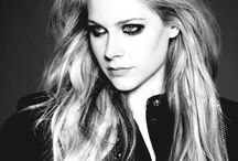 Avril Lavigne / Queen