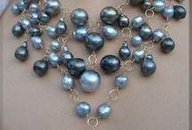p e a r l s / I love pearls and diamonds too...