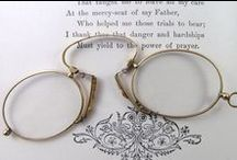 brilletjes / oude brillen, pince-nez en lorgnetten, vergrootglas en monocle. / by Anne Marie