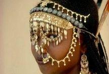 etnische juwelen goud / gouden en goudkleurige sieraden. / by Anne Marie