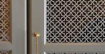 Skjutdörrar galler - lattice/mesh doors / Gallerdörrar - för ljusinsläpp, ventilation, solavskärmning