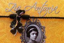 Les porte-bonheur de Zia Antonia /  Tous les porte-bonheur racontent une légende, une histoire, une tradition et possèdent ses propres vertus... Pour le découvrir et en savoir plus rendez-vous sur le Blog