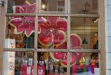 Our Shop / Notre Boutique / Our fun seasonal window display's