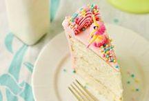** Happy Birthday ** / Parce qu'à chaque anniversaire il faudrait marquer le coup, qu'il est facile de faire plaisir avec un beau et bon gâteau maison ! Simple ou sophistiqué, succès assuré...  #anniversaire #gâteauanniversaire #enfants #gâteaux #750grammes http://www.750g.com/recettes_anniversaires.htm  / by 750 Grammes