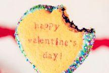 Saint-Valentin ♥ / Concoctez un repas 100% gourmand pour votre moitié... Des gâteaux tout beaux tout bons :) et faits avec amour !  #saintvalentin #love #Valentineday #750grammes #750g  http://www.750g.com/recettes_desserts_pour_la_saint-valentin.htm http://www.750g.com/recettes_cuisine_pour_la_saint-valentin.htm http://www.750g.com/conseil_repas-en-amoureux_238832.htm / by 750 Grammes