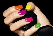 UÑAS Y MAS / Toda classe de uñas y colores