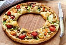 Les + Populaires / Pascale Weeks, Rédac' Chef du site, Silvia Santucci et Nadia Paprikas, 3 passionnées de cuisine, partagent leurs recettes coup de coeur en pas à pas. A tester absolument, elles sont inratables :-)  http://www.750g.com/recettes_pas_a_pas.htm   #recette #pasàpas #stepbystep #750g #750grammes #recipe / by 750g
